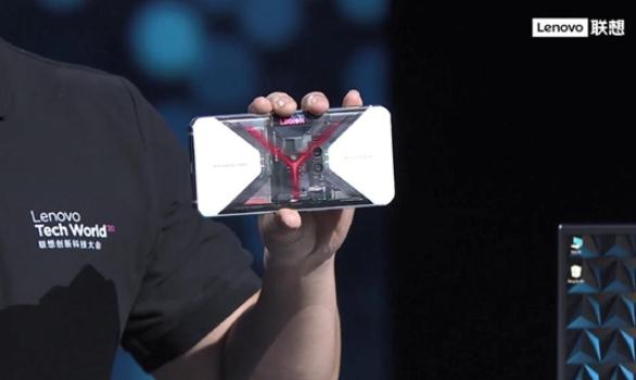 联想打造透明版手机,可看到内部集成电路和芯片