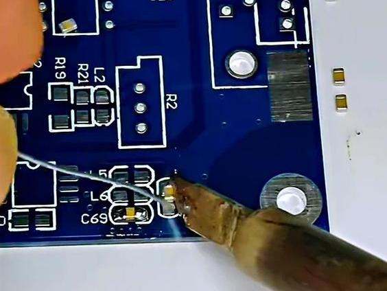 贴片电容的焊接技巧分享