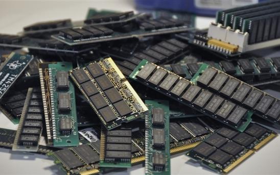 用上EUV光刻機 SK海力士將于明年下半年量產第四代(1a nm)DRAM