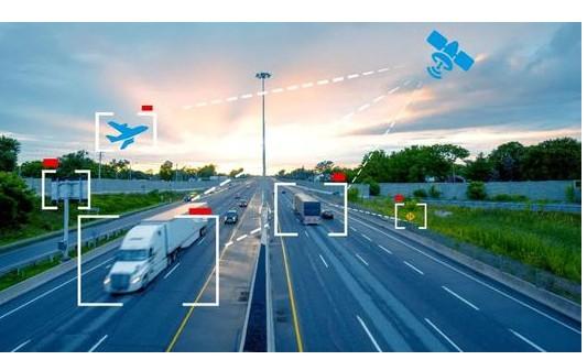 5G+北斗高精智慧高速试验路段借助中国移动通讯基站完成调试