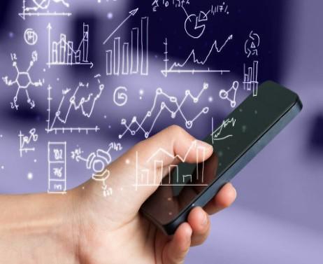 三星携手中国电信发布首款支持双卡双待的折叠屏手机
