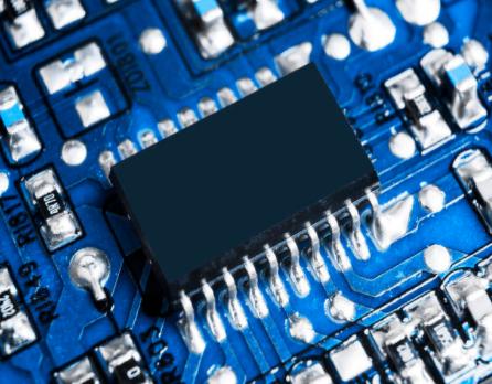 爆苹果首款自研ARM处理器媲美于Intel的八核...