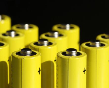 因动力电池回收违规,特斯拉被罚9300万元