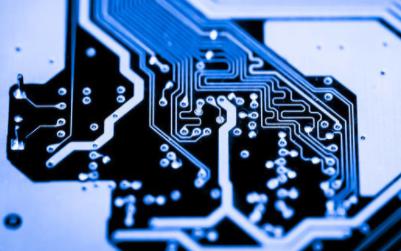 自適應巡線板的PCB原理圖免費下載