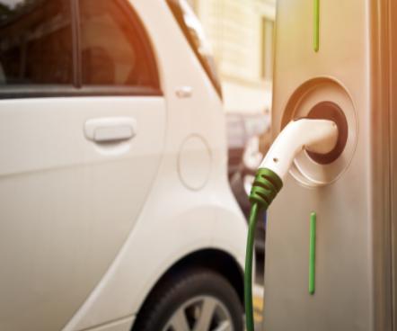 特斯拉宣布:全球的超级充电桩已超过2万个
