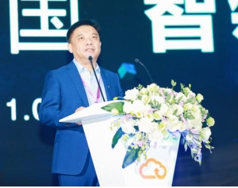 中国电信云网融合战略重磅发布 天翼云诸葛AI引领...