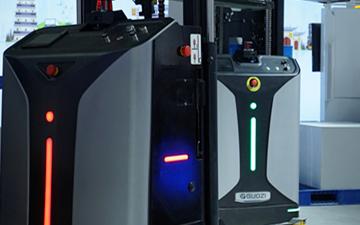 国自推出新品:SLIM前移机器人和SLIM搬运机...