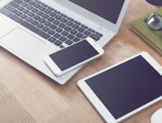消息称iPhone 13系列将搭载LG的LTPO...