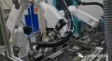 珞石机器人车锁涂胶方案
