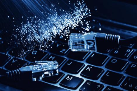 台式電腦的HDMI接口一般在哪里?