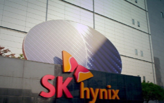 高通确认收到华为18亿美元专利费,已申请出货许可;SK海力士计划5年内将NAND销售额增加两倍…   1、高通确认