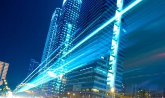 智慧灯杆5G微基站功能令人瞩目