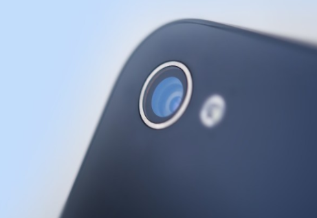 苹果M1版 MacBook改进优化摄像头,仍止步...