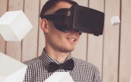 随着VR技术的发展,未来它将会覆盖我们的生活