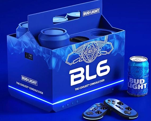 Bud Light推具有饮料外形的迷你游戏机