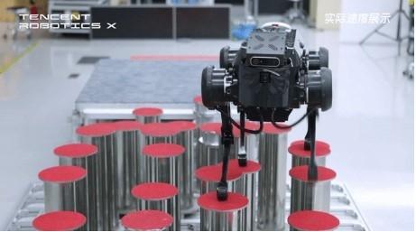 腾讯 Robotics X 实验室机器狗 Jam...