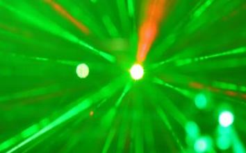 准分子激光器测试平台空降深圳,引领5G智造新时代