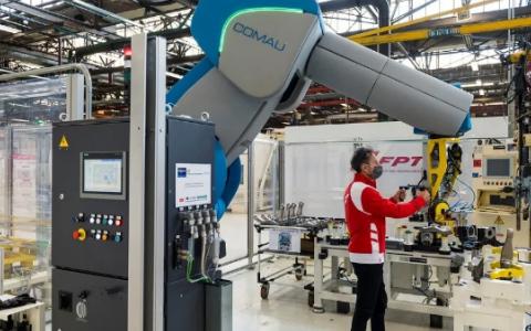 工业4.0:菲亚特动力科技已与柯马协作将人机协作...