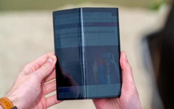 OPPO X 2021卷轴屏概念手机真的实用吗
