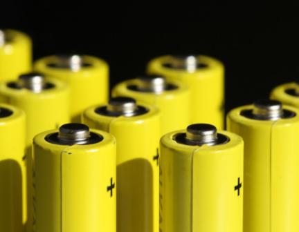 石墨烯电池最快将在年底装车量产