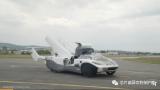 AirCar原型飞行汽车的首次空中测试