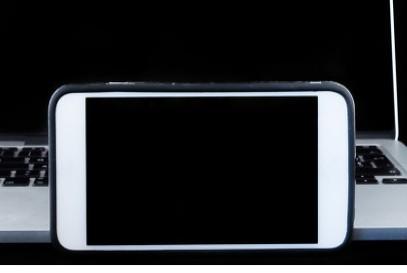 iPhone12系列翻车后,苹果却拒绝退货