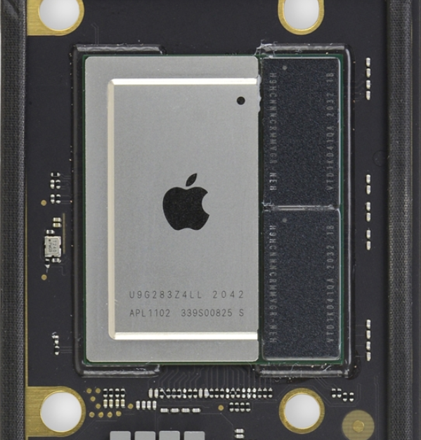 苹果M1芯片拆解:芯片竟只有一半体积