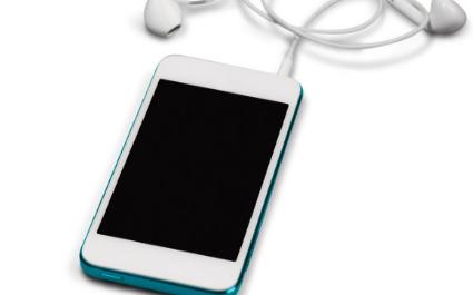 苹果iphone12绿屏闪屏的原因是什么