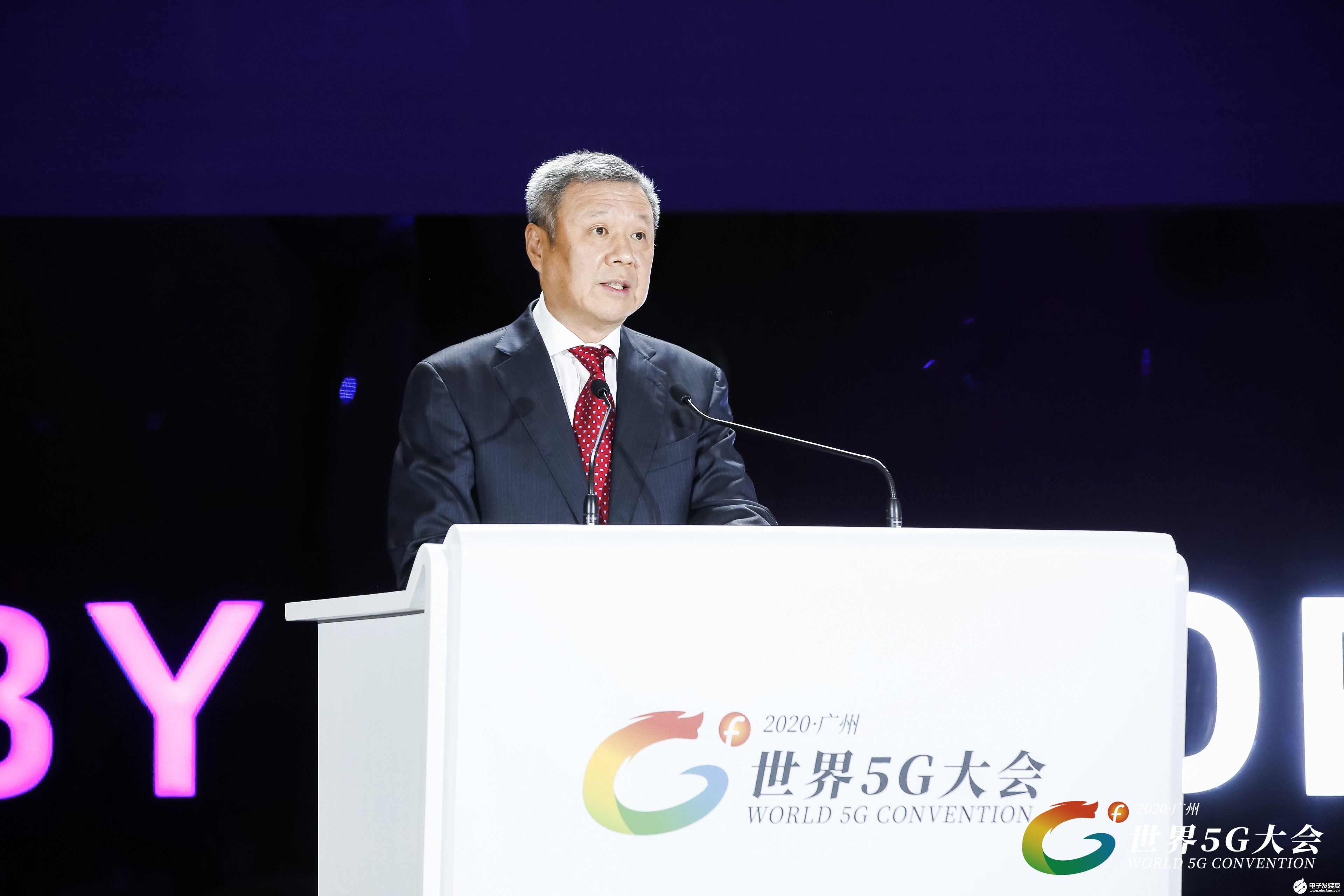 5G连接万物,中国联通开启智慧新未来