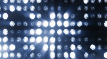 昕诺飞LED植物照明助力农场提高产量