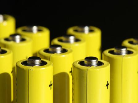 LG拟提高中国工厂电池产能,以满足特斯拉需求