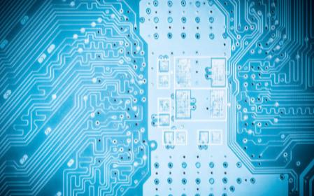 使用CD4511驱动器实现八路抢答器的PCB和电路原理图免费下载