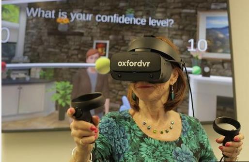 OxfordVR研发VR心理治疗干预技术,帮助人们克服焦虑的社会回避感