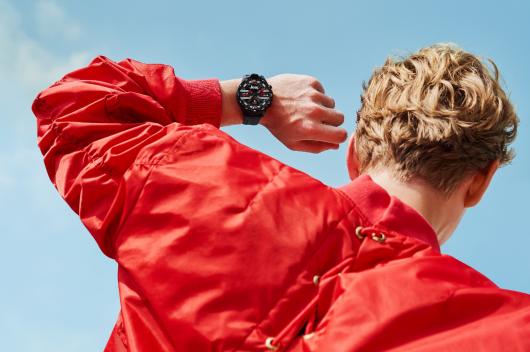 盤點Jeep黑騎士智能手表的6大英雄氣質