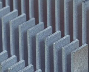 ECU芯片缺货导致全球相应零部件断供停产