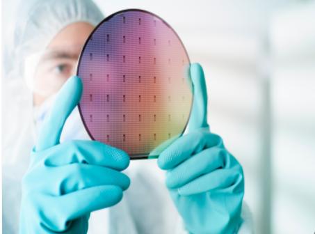 中芯国际砸500亿研发12英寸晶圆技术