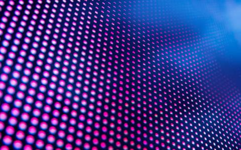 LED透明屏是完全透明的吗 它的通透率和透光率有...