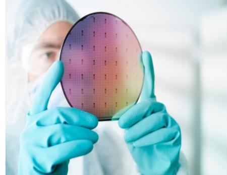 晶圆代工需求热度上涨,芯片产能持续爆满