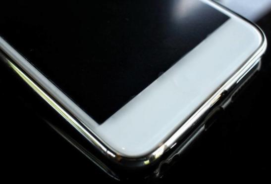 """纳米手机膜竟是""""智商税""""?"""