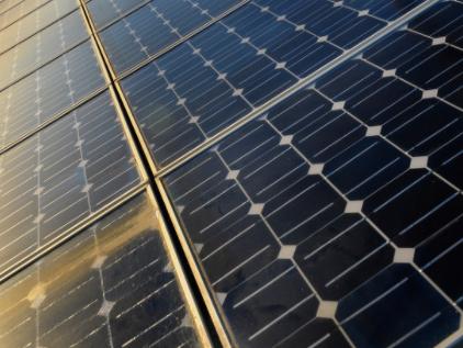 """在""""十四五/十五五""""期间,我国大力发展太阳能发电"""