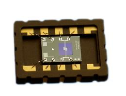 通过利用热导式气体传感器检测氢气浓度