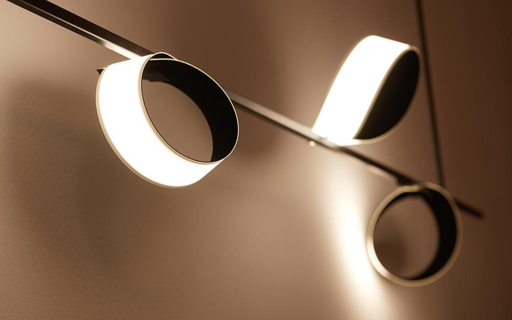 OLED面板價格持續與LCD拉近 中國廠商加速布局