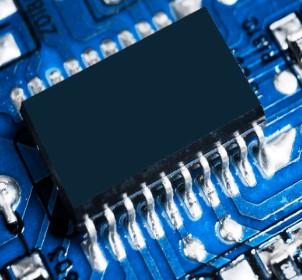 长江存储发布台电纯国产化固态硬盘腾龙系列DS10
