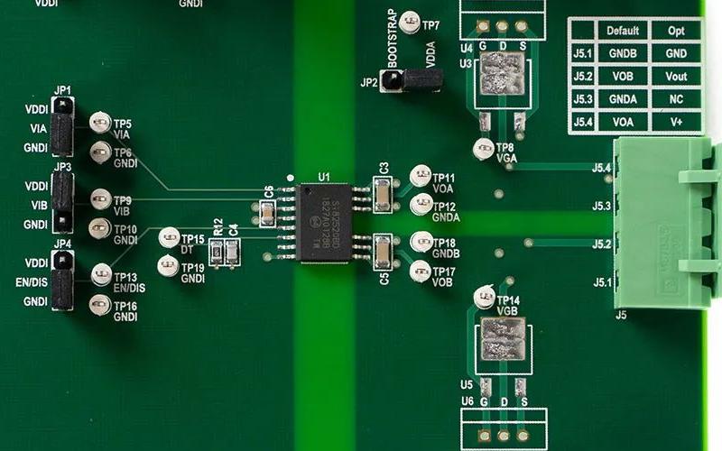 Si825xx隔离栅极驱动器支持使用碳化硅等新兴技术