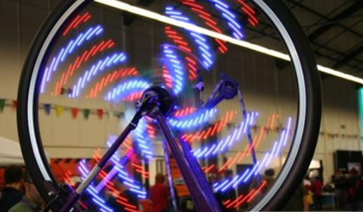 普通灯泡里通有交流电却看不到闪烁的技术原理解析