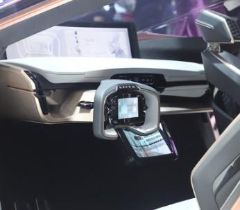 松下集团宣布生产特斯拉4680电池原型