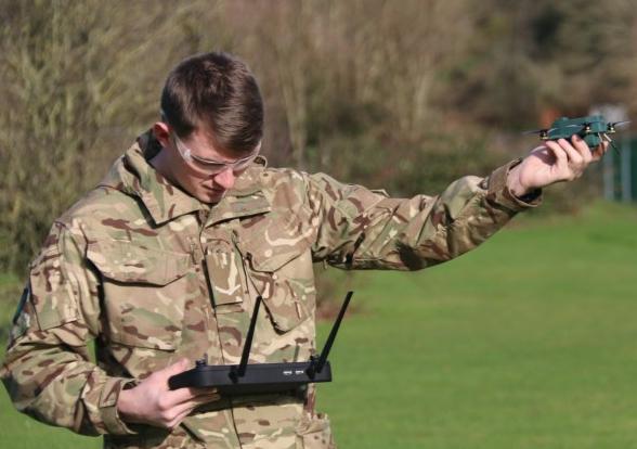 """英國正在試飛""""Bug""""微型無人機"""