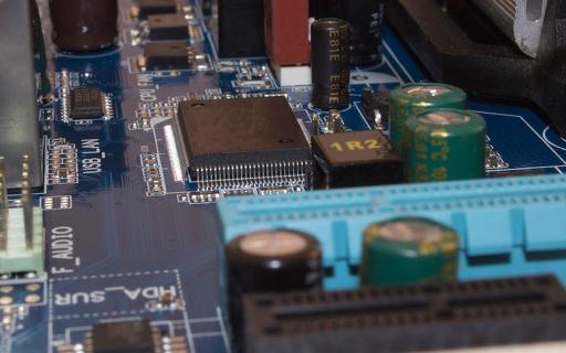 韓國面板廠:產能減少,缺IC又缺偏光片