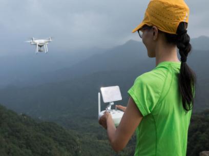 美國將允許小型無人機飛躍上空