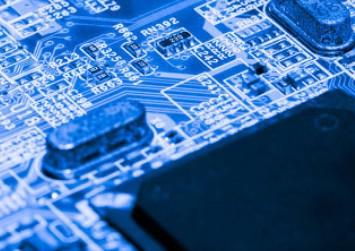 传台积电正向ASML购买大量EUV光刻机
